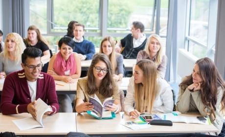 Programy MBA v angličtině a francouzštině