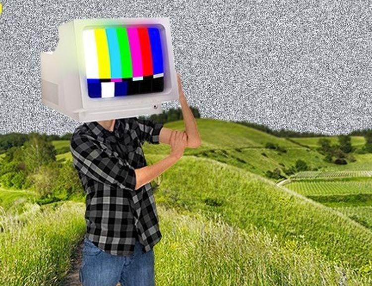 Studenti FIS představili dokumentární film Offline: Vydrží čtyři teenageři týden bez internetu?