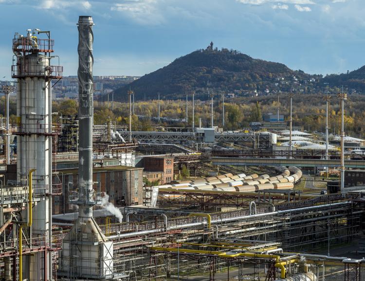 Katedra logistiky FPH získala k řešení další výzkum pro společnosti Unipetrol