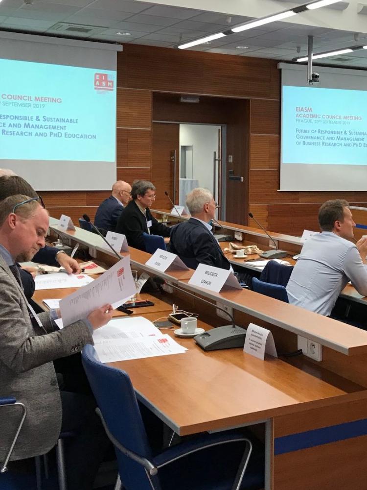 Zasedání akademické rady EIASM hostila VŠE