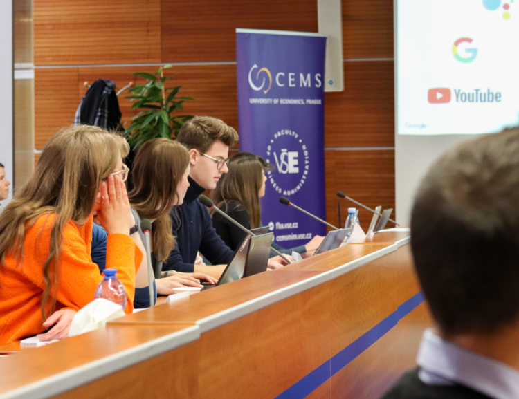 Závěrečné prezentace CEMS Business Project 2020