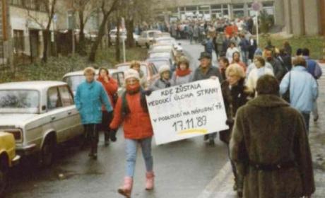 Svobodná volba rektora nebo internacionalizace. I takové změny přinesl rok 1989