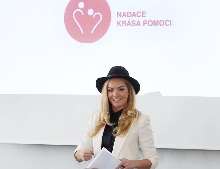 Taťána Gregor Brzobohatá navštívila VŠE a přednášela v rámci předmětu Sociální práce pro ekonomy
