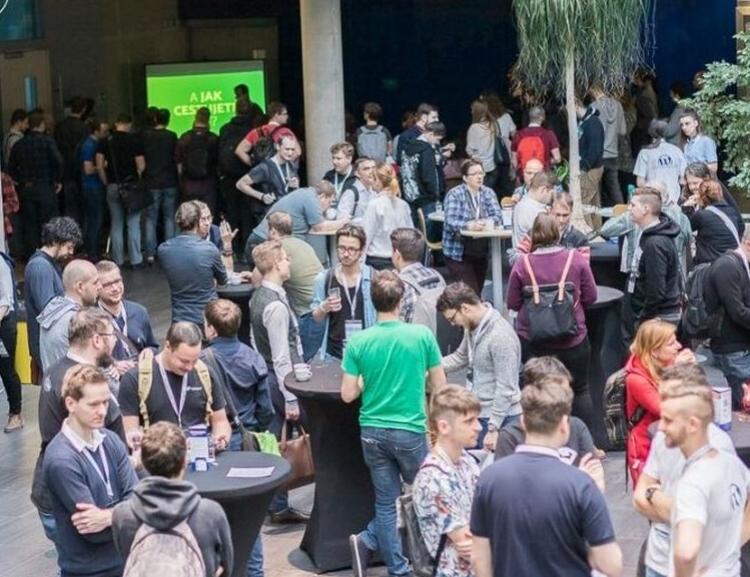 Na VŠE proběhl 6. ročník WordCampu, největší konference o WordPressu